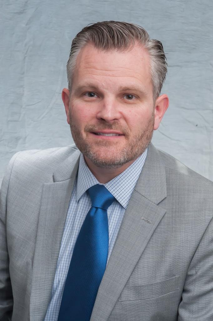 Bryan Bedell Headshot